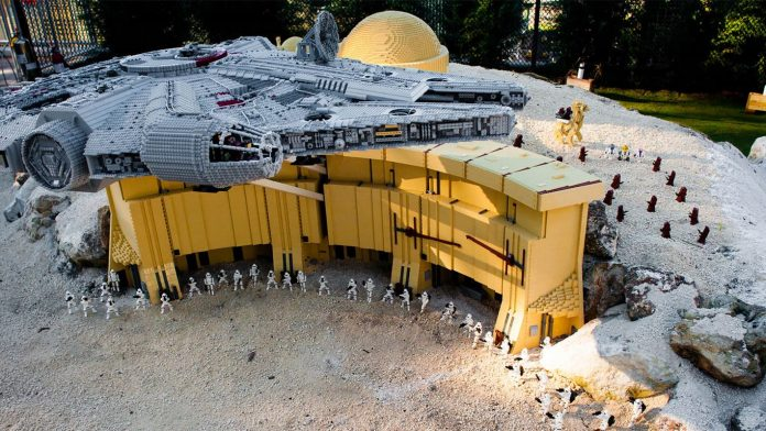 impressive-lego-star-wars-legoland-million-piece-lego-set